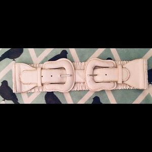 Accessories - White Double Closure Belt with Elastic Back